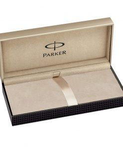PARKER Sonnet Slim Ballpoint Pen Stainless Steel CT - ปากกาลูกลื่นป๊ากเกอร์ ซอนเน็ต แบบสลิม สแตนเลสสตีล ซีที สีเงินคลิปเงิน